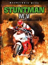 Nick Gordon , Stuntman M/V