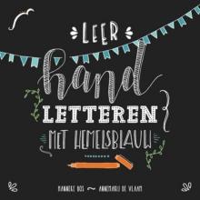 Hanneke  Bos Leer handletteren met hemelsblauw
