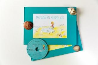 Noor  Kamerbeek matilda en kleine vis, Noor Kamerbeek, Boek met cd met klassieke muziek, 4+