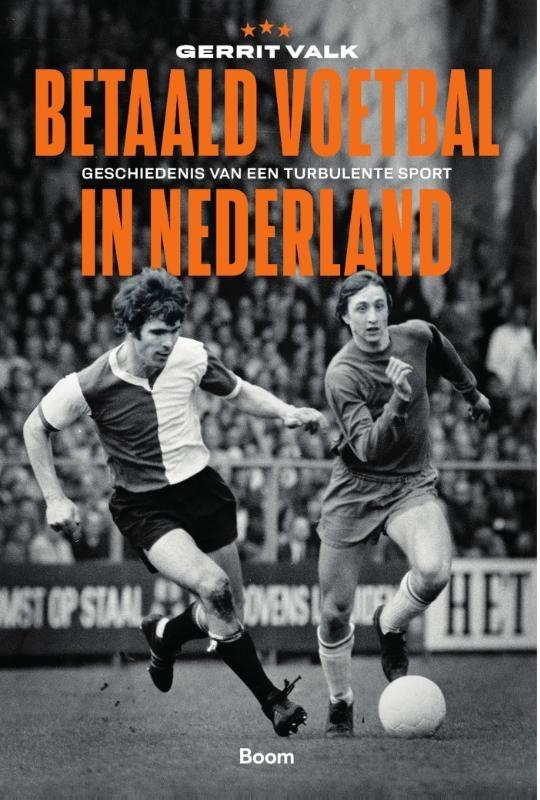 Gerrit Valk,Betaald voetbal in Nederland