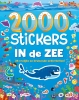 ,2000 stickers In de zee