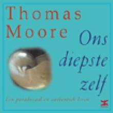 T.  Moore Ons diepste zelf
