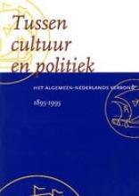 , Tussen cultuur en politiek