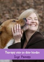 Inge Pauwels , Therapie voor en door honden