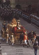 G.E.  Wassenaar Rijtuigen en sleden in koninklijk bezit = Royal Carriages and Sleighs of The Netherlands