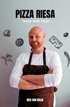 Ries Van Kuijk , Pizza Riesa