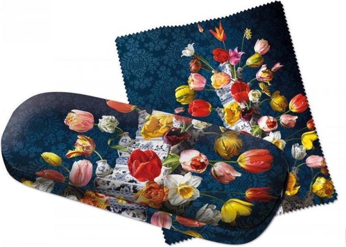 Gb747,Brillenkoker bloemstilleven met tulpenvaas roman reisinger