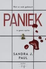 Sandra J. Paul , Paniek
