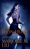 Liu, Marjorie M.,The Iron Hunt