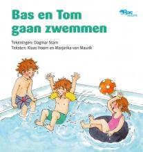 Klaas  Hoorn, Marjanka van Maurik Bas en Tom gaan zwemmen