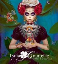 La Rochefoucauld, Juliet Weir-De Lydia Courteille