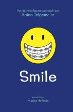 Raina Telgemeier , Smile
