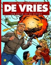 Sytse S.  Algera De Vries 1 - Een gezin op de vlucht