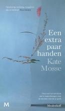 Kate Mosse , Een extra paar handen