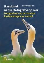 Edwin Giesbers , Handboek natuurfotografie op reis