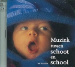 R. Rikhof M. Albers, Muziek tussen schoot en school