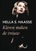 Hella S.  Haasse,Kleren maken de vrouw - grote letter uitgave
