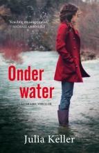 Julia  Keller Onder water