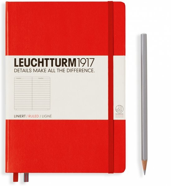 Lt332933,Leuchtturm notitieboek medium 145x210 lijn rood