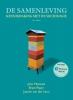 John  Macionis, Joanne van der Leur, Bram  Peper,De samenleving 14e editie
