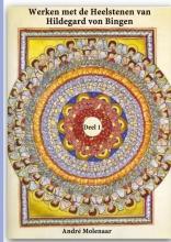 André  Molenaar Werken met de Heelstenen van Hildegard von Bingen