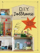 Alexia Henrion DIY Dollhouse
