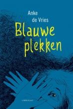 Anke de Vries , Blauwe plekken