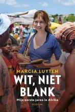 Marcia  Luyten Wit, niet blank