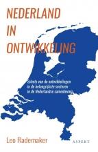 Leo Rademaker , Nederland in ontwikkeling