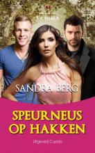 Sandra  Berg Speurneus op hakken