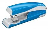 , Nietmachine Leitz NeXXt 5502 30vel 24/6 lichtblauw