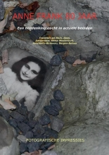 Ronald Wilfred Jansen , Anne Frank 80 jaar (paperback, zwart wit)