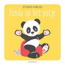 Studio Circus Panda op het potje