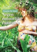 Tinneke De Smet , Negen natuurlijke maanden