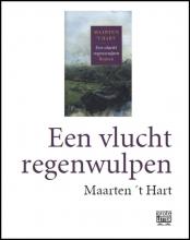 Maarten `t Hart Een vlucht regenwulpen (grote letter) - POD editie
