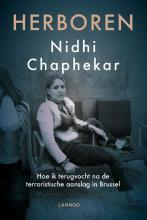Nidhi Chaphekar , Herboren