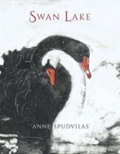 Spudvilas, Anne Swan Lake