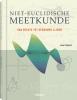 <b>Joan Gomez</b>,Niet-eucludische meetkunde