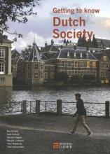 Theo Schuurman Bas Schuyt  Kees Schuyt  Marlies Hagers  Marijke Linthorst  Theo Rijpkema, Getting to know Dutch society
