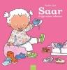 Pauline  Oud,Saar krijgt nieuwe schoenen