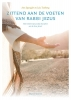 <b>Ann  Spangler, Lois  Tverberg</b>,Zittend aan de voeten van rabbi Jezus