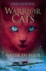 <b>Erin  Hunter</b>,Water en vuur