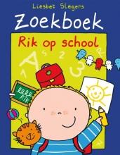 Liesbet Slegers , Rik op school
