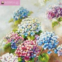 Blooms by Nel Whatmore Wall Calendar 2019 (Art Calendar)