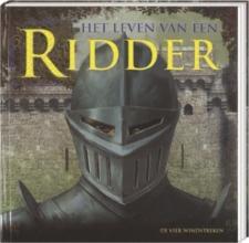 Peter  Chrisp Leven van een ridder, Non-fictieboek met realistische informatie en veel extra`s
